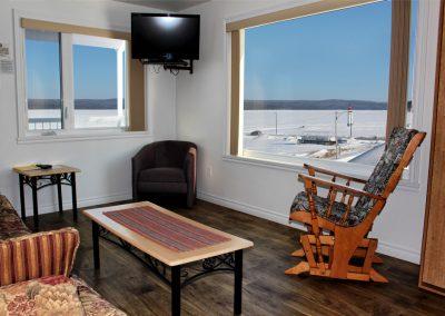 chambre_motel_royal_suite02